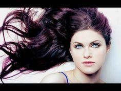 Alexandra Daddario Hairstyles  Eyes makeup and Dresses