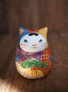 百々猫堂 Neko Cat, Maneki Neko, Japanese Cat, Kawaii, Ceramic Tableware, Clay Dolls, Japan Art, Elements Of Art, Cat Tattoo