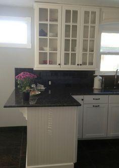 Kitchen Design Ideas, Pictures, Remodels and Decor Kitchen Islands, Kitchen Reno, Kitchen Remodel, Kitchen Ideas, Kitchen Design, Kitchen Cabinets, Reno Ideas, Remodels, Parents