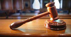 El derecho a la defensa de cualquier persona a quién se le investiga por un hecho delictivo viene garantizado en el art. 24.2 CE, y se ...