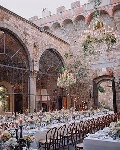 Perfect Wedding, Dream Wedding, Wedding Day, Paris Wedding, Beautiful Wedding Venues, Cake Wedding, Wedding Bride, Wedding Table, Summer Wedding