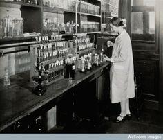 Philadelphia College of Pharmacy and Science, c. 1933