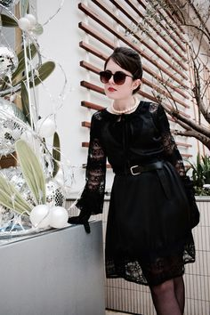 How to look like a: Modern Day Ms. Hepburn - Boohoo Dress of The Month by Rosa Fairfield/ Oh! Ducky Darling #fashion #blogger #streetstyle #lookbook #ootd #outfit #dress #style #aw16 #boohoo #breakfast at tiffany's #Audrey Hepburn