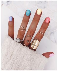 Nagellack Design, Nagellack Trends, Gradient Nails, Holographic Nails, Acrylic Nails, Pastel Nails, Rainbow Nails, Gel Nail, Rainbow Pastel