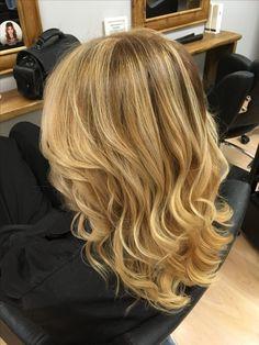 Deluxe Ombré 😝😘🙌🏻 #deluxeombre #peterborough #blonde bombshell #beautiful