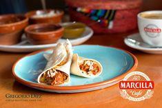 """Bruch de tacos mexicanos """"Aurelia"""" con café Marcilla en el rte. La Cantina La Puñeta de Covaresa en la Plaza Castilla y León en Valladolid"""