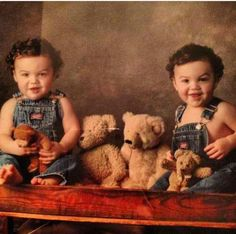 Awwwww♡ The Dolan twins they are so cute!!!
