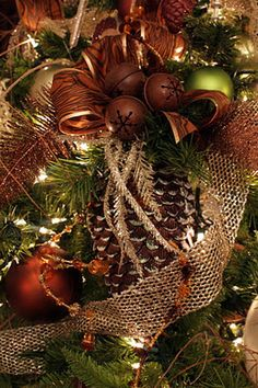 Sweet Something Designs: Christmas Touches and Details