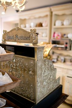 vintage cash register from Miss Courtney's Tearooms.where can i get that beautiful cash register. Vintage Tea Rooms, Vintage Bakery, Vintage Cafe, Vintage Shops, Vintage Shop Display, Vintage Items, La Petite Boutique, Vintage Boutique, French Boutique