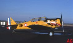 North American T-6 F-AZBQ (11-11-89).