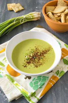Veggie pea and leek cream soup