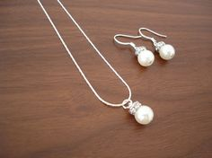 Bridesmaid Jewelry Set  Popular Fancy Single Pearl by RBJohnson, $19.50