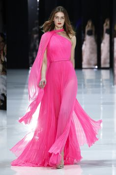 Ralph and Russo - Couture Spring Summer 2018 - Couture Elegante Jumpsuits, Kimono Fashion, Fashion Dresses, Couture Fashion, Fashion Show, Pink Dress, Dress Up, Mode Rose, Ralph & Russo