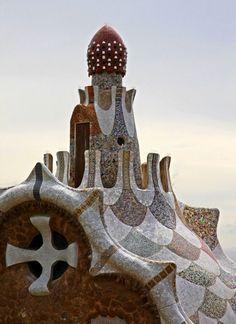 Park Guell by Antoni Gaudi, Barcelona, Spain. Barcelona Architecture, Art Nouveau Architecture, Organic Architecture, Amazing Architecture, Art And Architecture, Architecture Details, Hotel W, Antonio Gaudi, Parc Guell