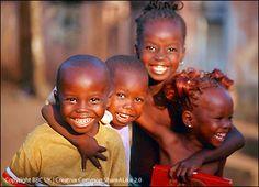 http://www.siliconsolar.com/lighting-africa