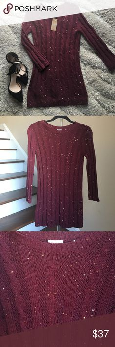 "🆕🚨SALE🚨 Cremieux Sweater Gorgeous sequined 3/4 sleeve sweater from Cremieux. 100% Cotton. Approx. measurements: bust 32"", length 28"". 🚨Price firm unless bundled! 🚨 Cremieux Sweaters"
