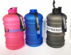 lltbottles.com Our 2.2 litre water jug is made of BPA free material PETG. It can keep 2.2 litre water, perfect choice for gym use and outdoor sports.
