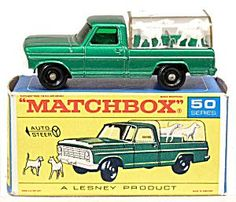 1960s Matchbox No 50 Kennel Truck in Box. Click on the image for more information.