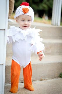 DIY rooster costume @Amy Lyons Lyons Chambers for halloween!