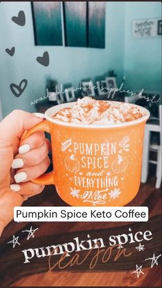 Fall Bedroom, It Works Products, Fall Drinks, Halloween Wallpaper, Autumn Aesthetic, Keto Drink, Autumn Cozy, Fall Pumpkins, Autumn Inspiration