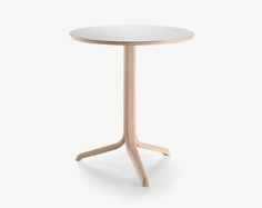 Alki Jantzi Round Table By Samuel Accoceberry