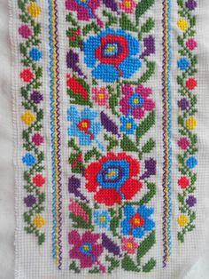 Ghgv Cross Stitch Boarders, Cross Stitch Floss, Butterfly Cross Stitch, Cross Stitch Art, Cross Stitch Designs, Cross Stitching, Cross Stitch Patterns, Hand Embroidery Stitches, Cross Stitch Embroidery