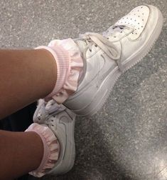 Image about fashion in 💎Soft Ghetto💎 by Effy on We Heart It Aesthetic Shoes, Aesthetic Clothes, White Sneakers, Air Max Sneakers, Sneakers Nike, Nike Shoes, Soft Ghetto, Dream Shoes, Sock Shoes