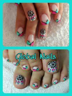 Ideas For Pedicure Decorado Pies Spas French Pedicure, Pedicure Colors, Pedicure Designs, Pedicure Nail Art, Toe Nail Art, French Nails, Nail Art Designs, Gel Nails, Encapsulated Nails