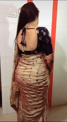 Beautiful Women Over 40, Beautiful Suit, Beautiful Saree, Beautiful Indian Actress, Beautiful Roses, Beautiful Actresses, Saree Blouse Patterns, Saree Blouse Designs, Indian Beauty Saree