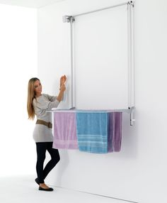 foxydry Wall mounted pulley clothes Airer, clothes drying rack, vertical drop down laundry drying rack in aluminium and steel (Grey, Drying Rack Laundry, Clothes Drying Racks, Laundry Room Storage, Laundry Room Design, Wall Mounted Drying Rack, Drying Room, Multipurpose Room, Clothes Line, Pulley