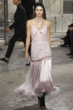 Givenchy Fall/Winter 2015-2016 Fashion Show