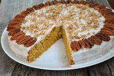 Delicious and easy vegan carrot cake recipe. Vegan Carrot Cakes, Carrots, Cake Recipes, Easy, Desserts, Food, Recipies, Dump Cake Recipes, Postres
