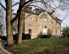~Weatherstone home in Connecticut ~ Carolyne Roehm home