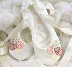 Pisos nupciales  marfil y zapatillas de Ballet Blush por SolBijou, $115.00