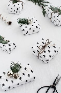 christmas tree gift wrap free printable