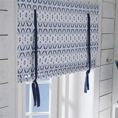 A roman blind with a beautiful pattern from Boel