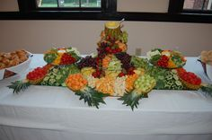 wedding vegetable tray | Similar to this fruit tray I did before for an anniversary party, I ...