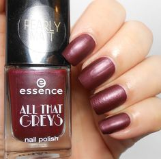 Essence Roaring Red