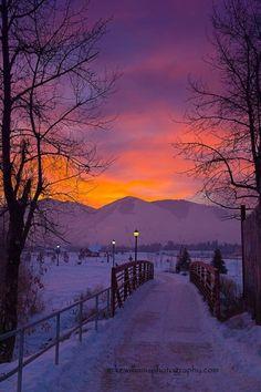 Beautiful Sunset, Beautiful World, Beautiful Places, Beautiful Pictures, Beautiful Sites, Winter Sunset, Winter Scenery, Winter Snow, Winter Pictures