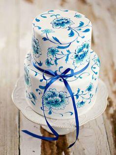 Pretty Blue Hand Painted English Garden Cake