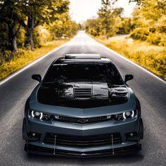 Camaro 1ss, Chevrolet Camaro, Camaro Concept, Premium Cars, Classic Sports Cars, Audi Cars, Car Ford, Chevy Trucks, Sport Cars