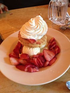Strawberry Shortcake at Bubba Gump Shrimp in Baltimore, md.