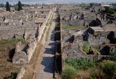 Via de Mercurio, Pompeii: Constructed from blocks of lava or lime laid over heavy stone, Roman roads followed extremely straight paths. (Photo Credit: Mimmo Jodice/CORBIS)