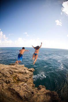 jump cliff shipwrecks kauai hawaii beach sun