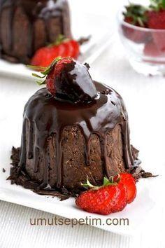 Bisküvili Soğuk Pasta Tarifi Cookie Recipes, Snack Recipes, Turkish Sweets, Turkish Recipes, Creative Cakes, Desert Recipes, Chocolate Desserts, Cakes And More, Yummy Cakes