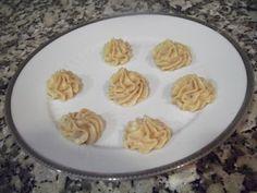 Crema de turrón de Jijona Relleno, Pudding, Plates, Tableware, Desserts, Food, Youtube, Sour Cream, Apple Cakes