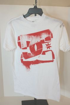 DC SHOES T-Shirt White Graphic Short Sleeve   SZ S Small  NWT NEW #DCShoes #GraphicTee
