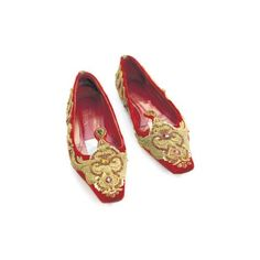 alexander mcqueen fall 2008 flat shoes velvet ❤ liked on Polyvore featuring shoes, flats, footwear, red, mcqueen, red velvet flats, velvet flats, red shoes, red flats and red flat shoes