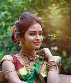 #saree #saree_love  #sareeaddict #sareelovers #sareecollection #sareeseduction #lehengasaree #iwearsaree #sareeblogger #sareefashion… Saree Photoshoot, Bridal Photoshoot, Beauty Full Girl, Beauty Women, Women's Beauty, Beautiful Girl Image, Most Beautiful Women, India Beauty, Asian Beauty
