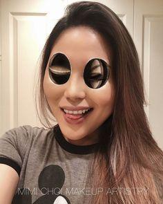 Mimi Choi aus Vancouver, Kanada ist Maskenbildnerin und hat eine Leidenschaft dafür entwickelt, Gesichter auf eine Weise zu schminken, die unsere Wahrnehmung komplett manipuliert. Die 31-jährige Make-up-Künstlerin besitzt ein ausgeprägtes Verständnis für Perspektive und schafft es im Handumdrehen, ebene Flächendreidimensional wirken zu lassen. Gekonnt setzt sie dafür ihr Make-up in Szene, sodass unglaublich surreale Bilder …